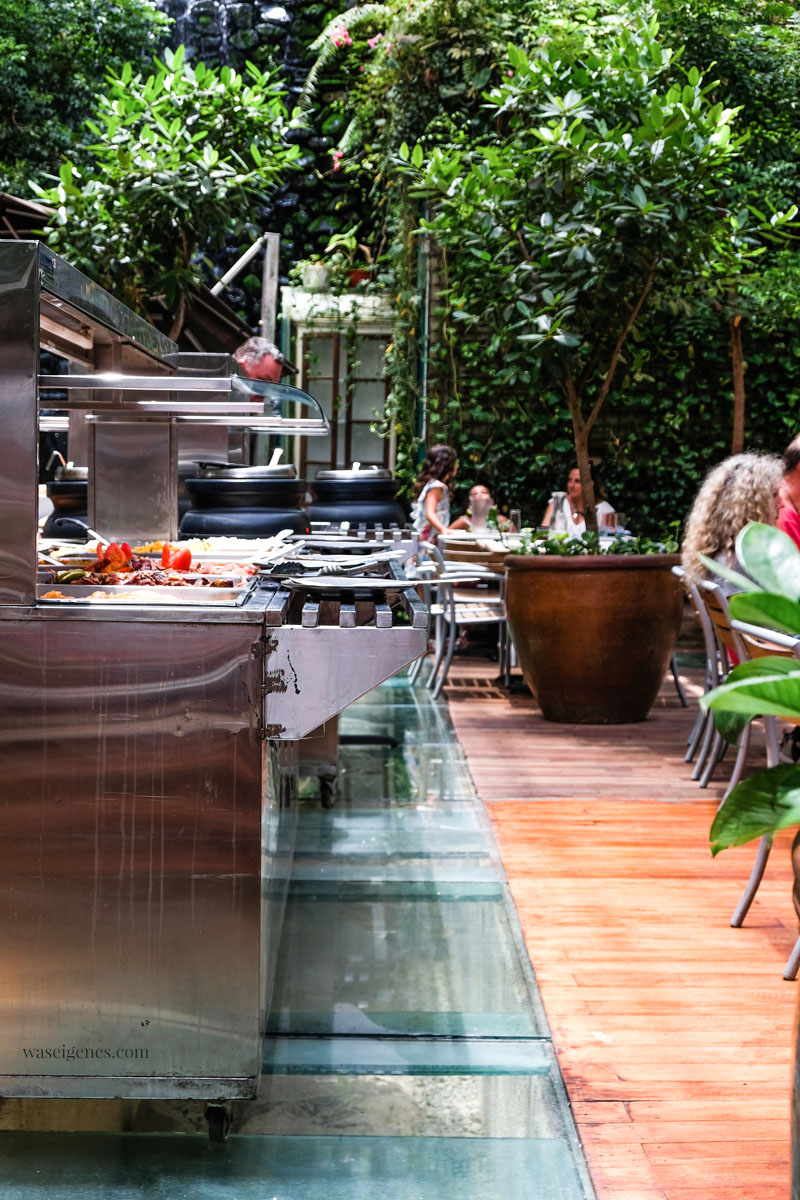 Urban jungle in Santo Domingo (Dominikanische Republik): Restaurant  Buche de Perico (Calle El Conde Nr. 53) | waseigenes.com