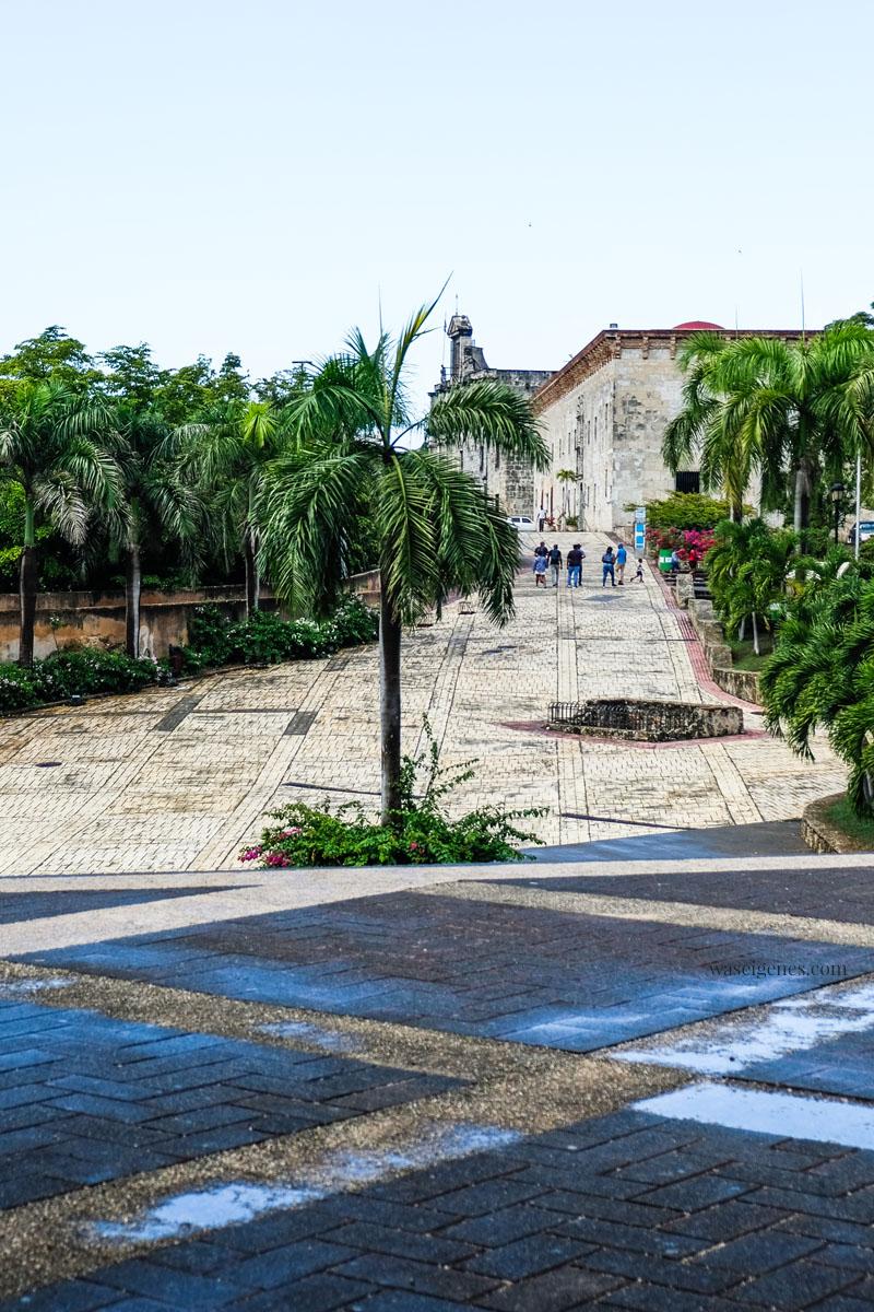 Calle de Las Damas - älteste Straße der Neuen Welt - Santo Domingo, Dom Rep, waseigenes.com