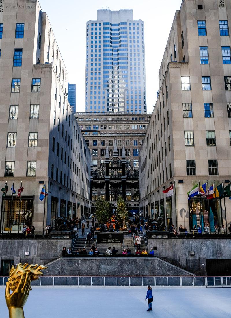 New York: Rockefeller Center Schlittschuhbahn | waseigenes.com