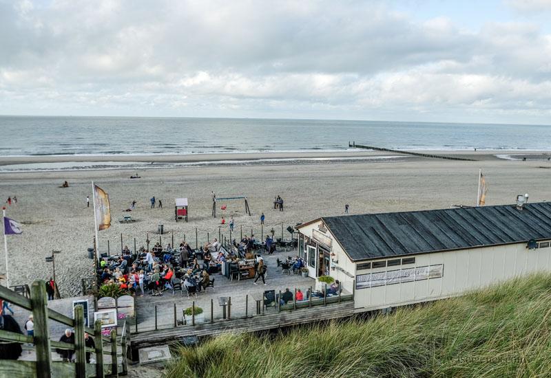 Urlaub in Holland - Domburg - Strandpaviljoen Noordduine (Schelpweg) | gutes Essen, netter Service, toller Strand, waseigenes.com