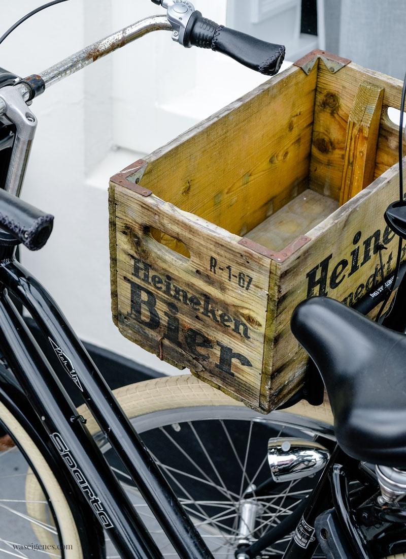 Travel Holland (Niederlande): Middelburg - Zeeland, Fahrrad mit Heineken Kiste, waseigenes.com