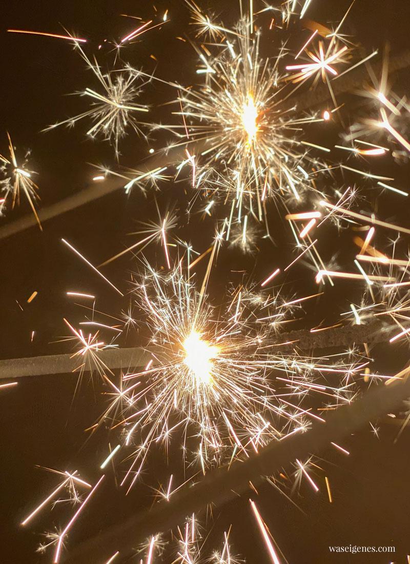 Hallo 2020! Ich wünsche Euch ein frohes neues Jahr! Wunderkerzen | waseigenes.com