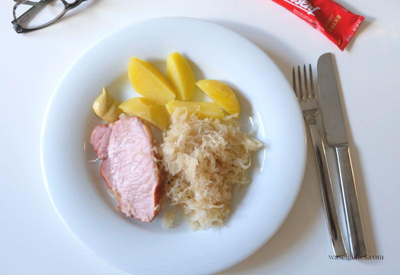 12 von 12 im März 2020 - waseigenes.com - Sauerkraut, Kassler und Kartoffeln
