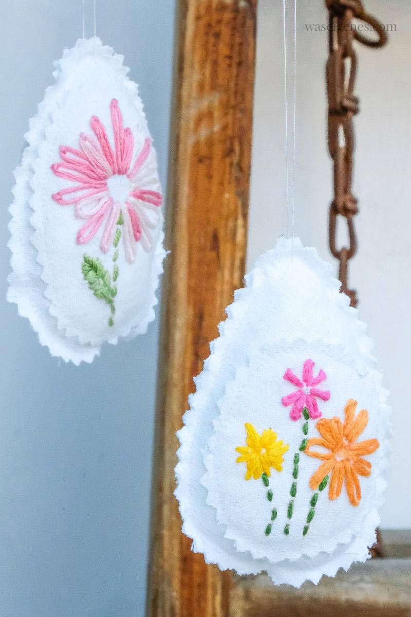Nähen & Sticken: weißen Stoff mit Blumen besticken und daraus Ostereier nähen | Osterdeko | waseigenes.com