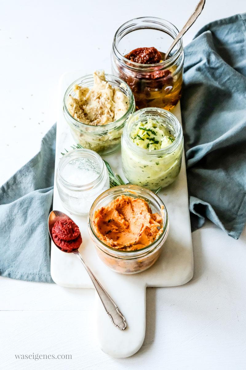 Grillbutter selber machen - drei tolle Rezept von waseigenes.com #we #waseigenes #grillbutter
