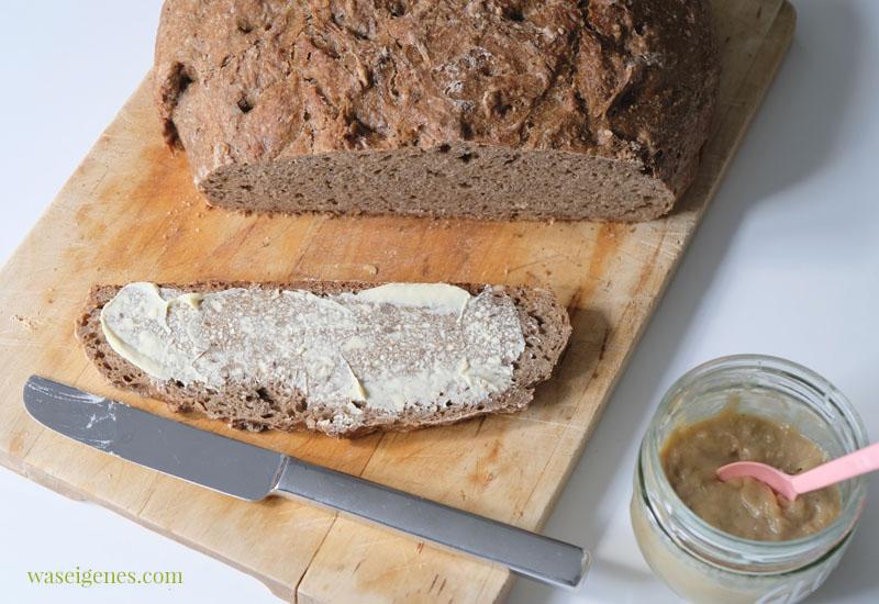 12 von 12 im Mai 2020, Mein Tag in Bildern | waseigenes.com #we #12von12 #waseigenes #tagesreportage - Brot selber backen, Rhabarber Curd
