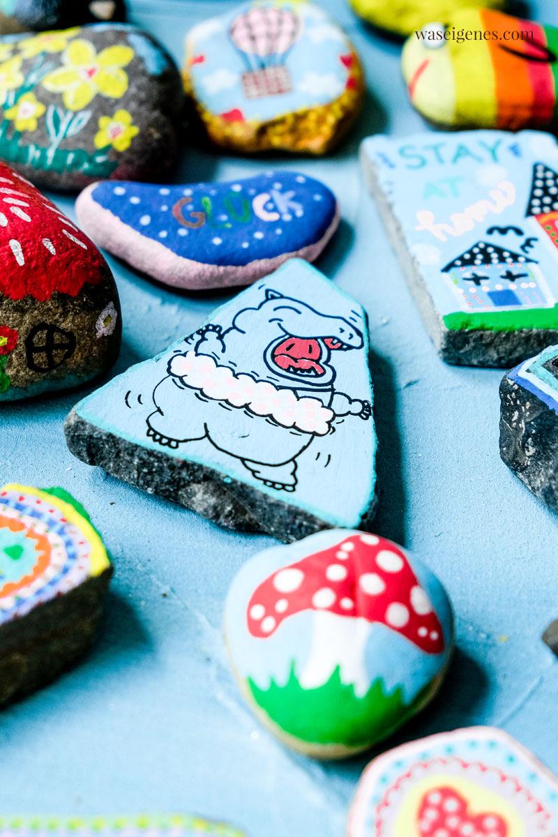 DIY Steine bemalen {painted rocks} | finden, freuen, posten, wieder verstecken | waseigenes.com #waseigenes #bemalteSteine #Steinebemalen #Hippo