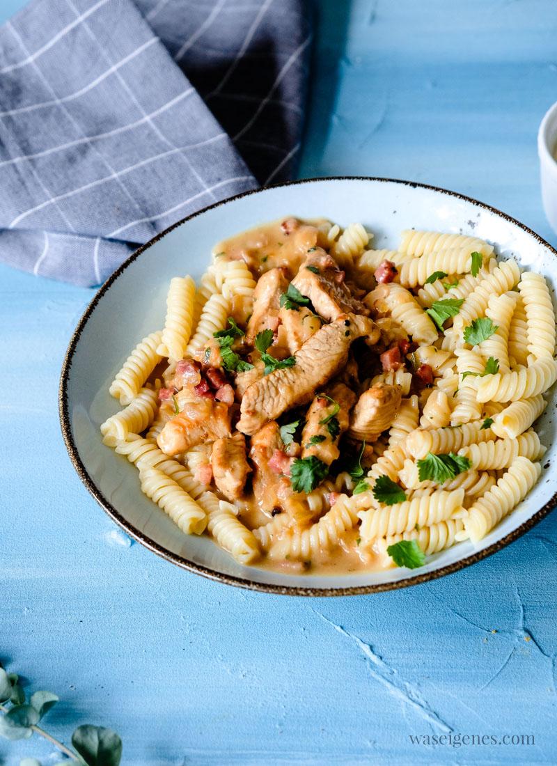 Was koche ich heute? Schnelles Mittagessen: Putengeschnetzeltes mit Nudeln | waseigenes.com
