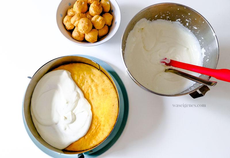Rezept & Anleitung zum Backen einer Windbeuteltorte - auf den Boden kommt die Sahne-Joghurt-Creme- Dafür benötigt man einen Tortenring | waseigenes.com