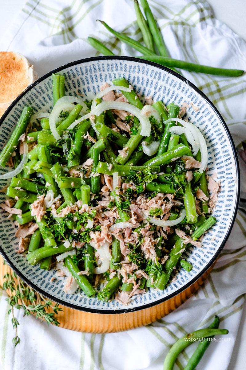 Rezept: Bohnensalat mit Thunfisch, Zwiebel & Kräutern, waseigenes.com