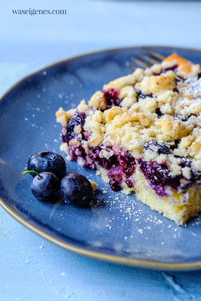 Rezept für einen leckeren Blaubeerkuchen mit Haferflocken-Streusel | Streuselkuchen mit Heidelbeeren | waseigenes.com