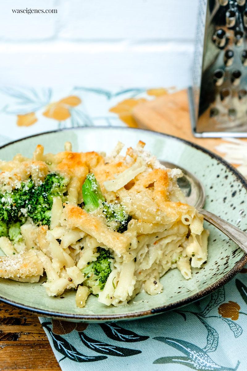 Rezept: Überbackener Nudelauflauf mit Brokkoli und Käsesauce | Mac and Cheese - Rezept | waseigenes.com