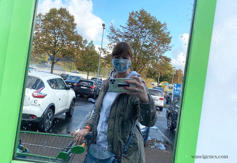 12 von 12 im Oktober 2020 | Mein Tag in Bildern | waseigenes.com | Spiegel Selfie mit Maske