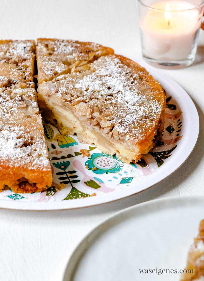 Rezept: Apfelkuchen kopfüber gebacken mit Walnüssen und Mandeln, waseigenes.com