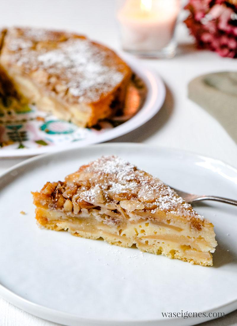 Rezept: Apfelkuchen mit Walnüssen und Mandeln, Apfelkuchen verkehrt, waseigenes.com