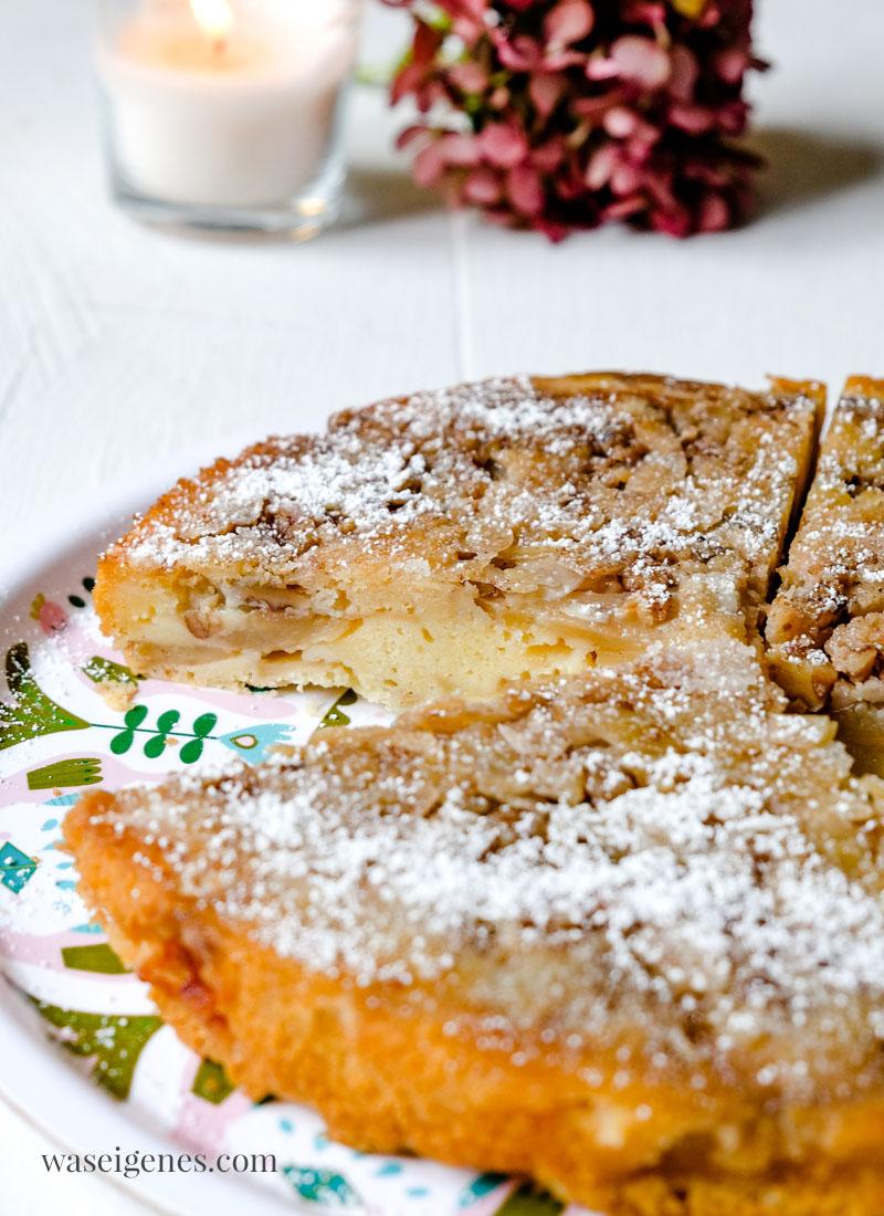 Rezept: Apfelkuchen mit Walnüssen und Mandeln kopfüber gebacken, waseigenes.com