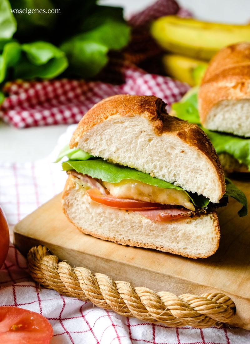 Rezept: Croque mit Pfefferschinken, Tomate, Banane, Käse & Salat | Bines Croque | waseigenes.com - Familienrezepte, Feierabendküche