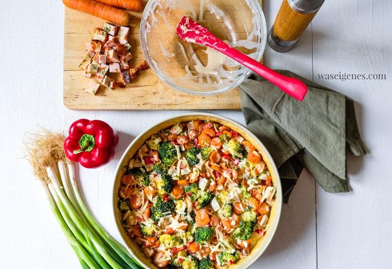 Schritt-für-Schritt-Anleitung zum Kochen und Backen einer herthaft saftigen Gemüsequiche mit Hähnchenbrust | waseigenes.com