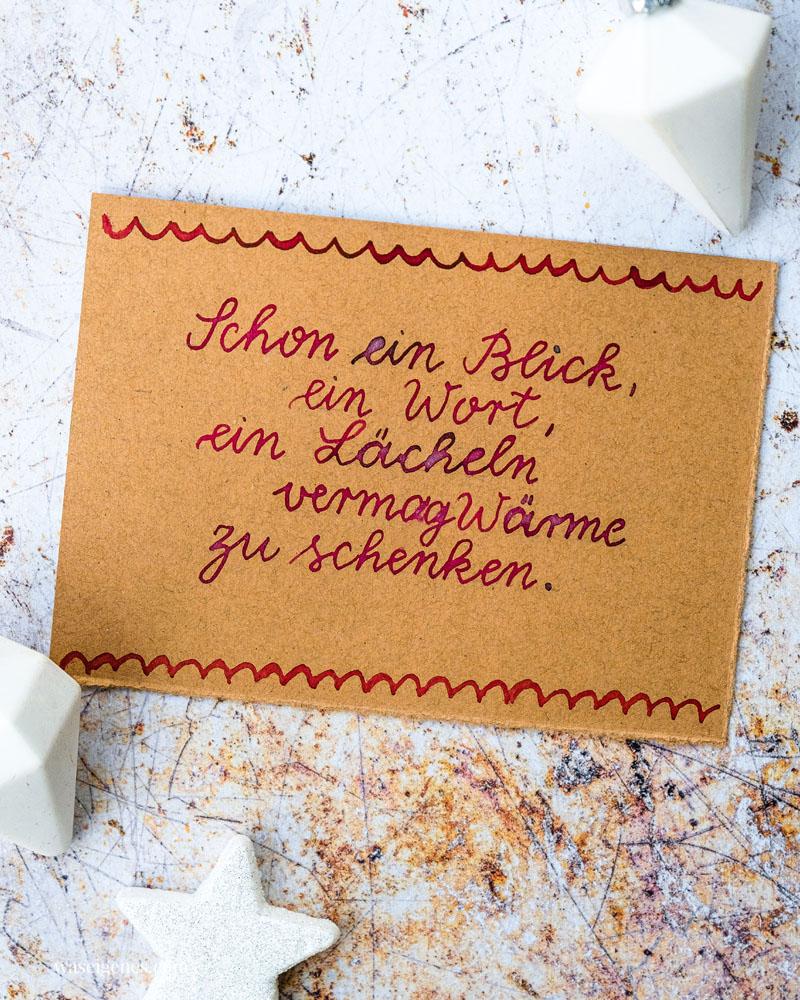 Adventskalender der guten Gedanken & Wünsche {Türchen Nr. 9}: Schon ein Blick, ein Wort, ein Lächeln vermag Wärme zu schenken.   waseigenes.com