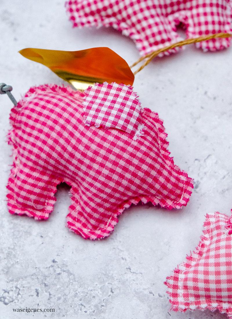 DIY: genähte Glücksschweinchen mit goldenen Flügel | waseigenes.com