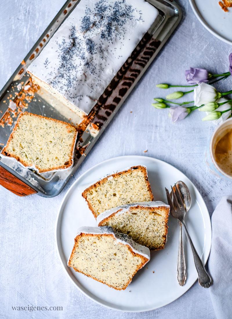 Rezept: Mohnkuchen in der Kastenform gebacken | Schneller Rührteig und fein gemahlener Mohn | waseigenes.com