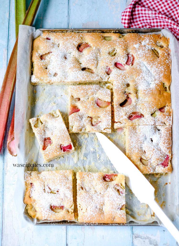 Rezept: Rhabarberkuchen vom Blech | waseigenes.com  | Sabine Güllich