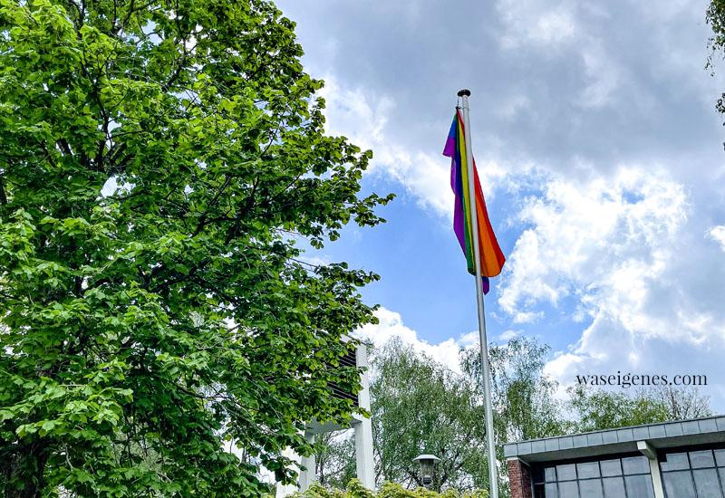 12 von 12 im Mai 2021 - Mein Tag in Bildern   waseigenes.com   Regenbogen Fahne