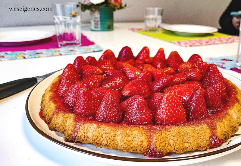 12 von 12 im Mai 2021 - Mein Tag in Bildern   waseigenes.com   Tortenboden mit Erdbeeren