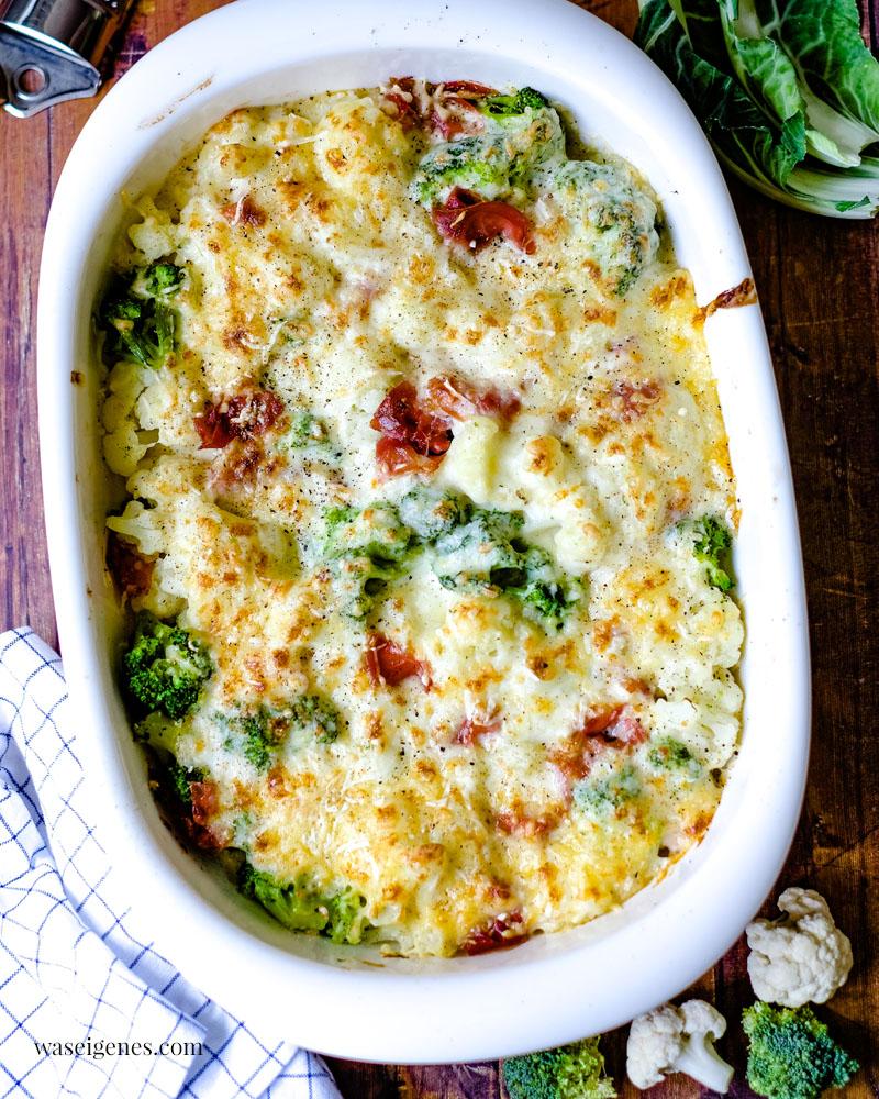 Rezept: Blumenkohl-Brokkoli-Auflauf mit Serrano Schinken in cremiger Käse-Sahne-Soße | waseigenes.com | Auflaufrezept | Was koche ich heute? | Familienrezepte | schnell & einfach