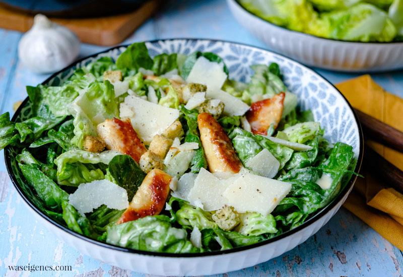 Rezept: Caesar Salad - ein beliebter Salat-Klassiker mit einem köstlichen cremig-würzigem Dressing | waseigenes.com