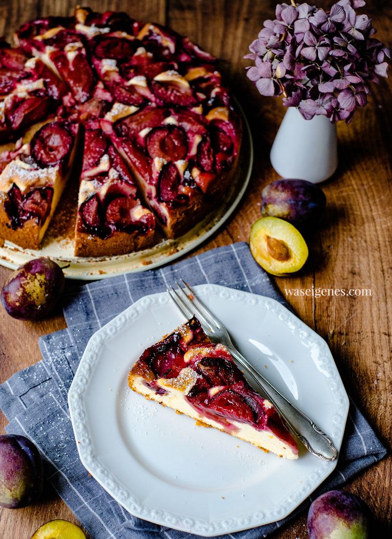 Rezept: Pflaumenkuchen in der Springform gebacken, aromatisch & saftig, ganz einfach   waseigenes.com   Bine Güllich   Was backe ich heute?   Kuchenrezept