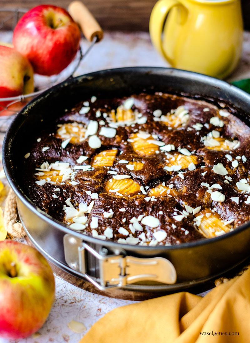 Rezept: Schoko-Apfelkuchen - super soft und saftig   Kuchenrezept von waseigenes.com ~ Bine Güllich   Was backe ich heute?