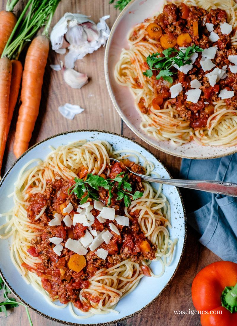Rezept: Spaghetti Bolognese | Spaghetti mit Hackfleischsoße | waseigenes.com - Bine Güllich | Schnelle und einfache Rezepte für jeden Tag | waseigenes.com